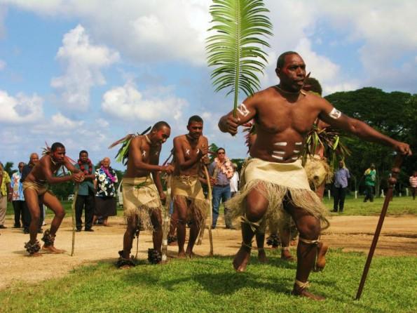 伝統の踊り