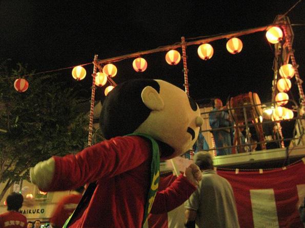 河内音頭にも大きな影響を与えた江州音頭は八日市が発祥です(現在見られる江州音頭の踊り演目自体は犬上郡豊郷町が発祥といわれています)